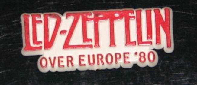 ZEP SHIRT AND BADGES 006