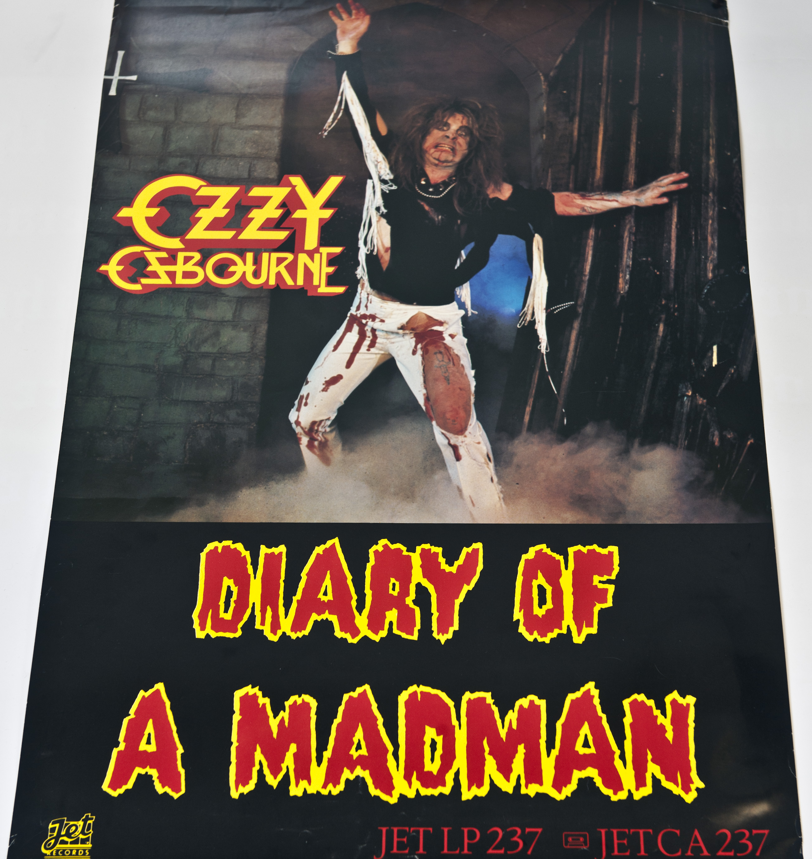 diary of a madman Listen free to ozzy osbourne – diary of a madman (over the mountain, flying high again and more) 8 tracks (43:23) diary of a madman is an album by ozzy osbourne.